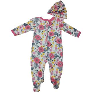 Pijama para bebé de flores marca TinyTots con turbante