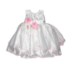 Vestido blanco con decoraciones rosadas